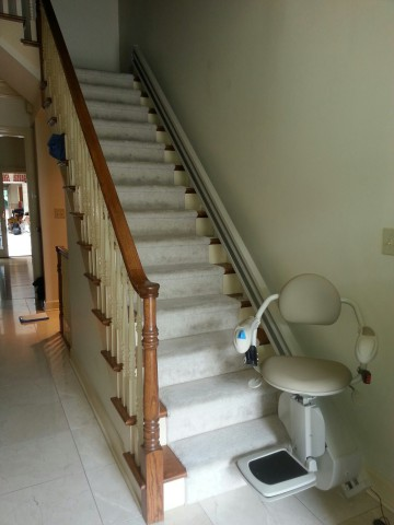 Ameriglide Lexington Stair Lift Installation Pictuures